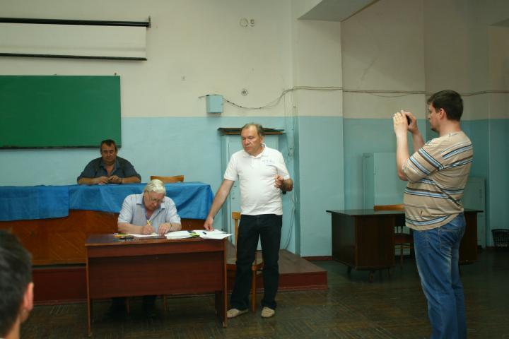 Слева направо Сергей (UR5FEO), Владимир (UX5HY), Юрий (UY0FF) и Юрий (UR5FYG)